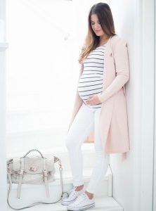 Fashion of pregnant women from A to Z Shine during your pregnancy